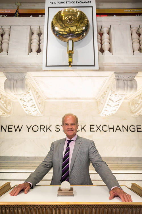 Kelsey Grammer at the NYSE