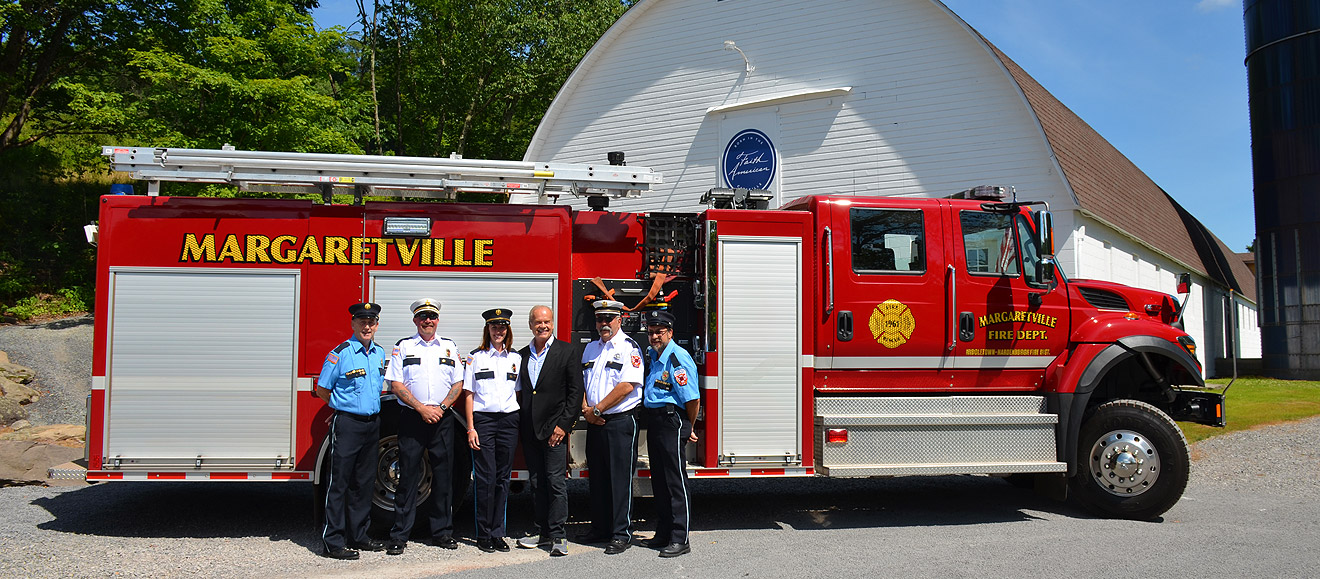 Kelsey Grammer with members of the Margaretville Volunteer Fire Department